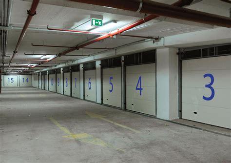 Serrande Sezionali Per Garage by Basculanti Sezionali Serrande Soluzioni Serramenti