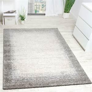 tapis tisse moderne haute qualite avec bordure en beige With tapis chambre bébé avec tapis Í picots