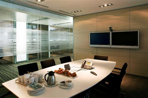 25 Stunning Conference Room Ideas To Try