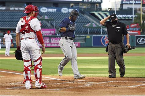 Marmolejos' first homer powers Mariners over Angels 8-5 | KOMO