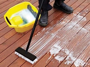 protect  deck   simple steps  cabots