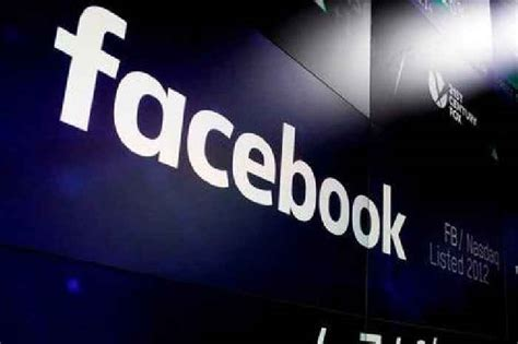 Facebook blocks group critical of Thai monarchy amid - One ...