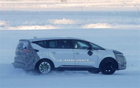renault espace facelift coming   engines
