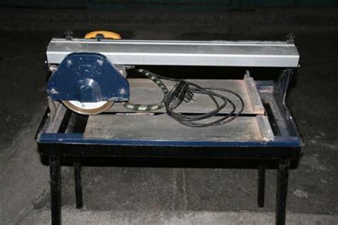 coupe carreaux electrique mac allister 224 180 30900 nimes gard languedoc roussillon