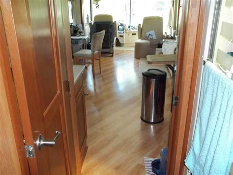 Installing Pergo Laminate Flooring On Concrete by Trends Decoration How To Install Pergo Flooring