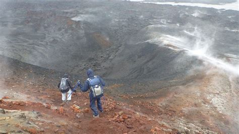 Fimmvorduhals Trail From Thorsmork To Skogar Three Day