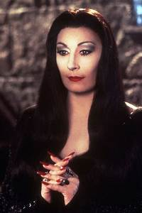 120 best images about MORTICIA ADDAMS on Pinterest ...