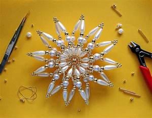 Sterne Selber Basteln Mit Perlen : perlensterne 25 schneeflocken ~ Lizthompson.info Haus und Dekorationen