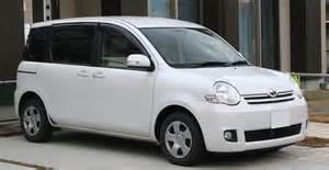 Toyota Sienta by Cars Toyota Sienta