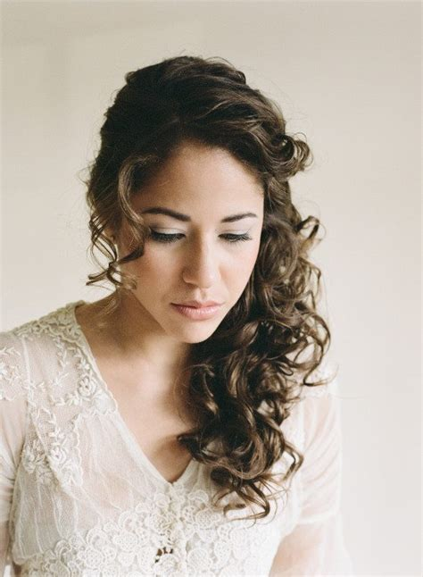 wedding day hair styles 33 modern curly hairstyles that will slay on your wedding 9656
