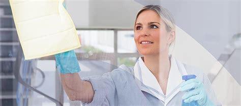 Fenster Streifenfrei Putzen Tipps by Fenster Streifenfrei Putzen Mit Dem Richtigen Material