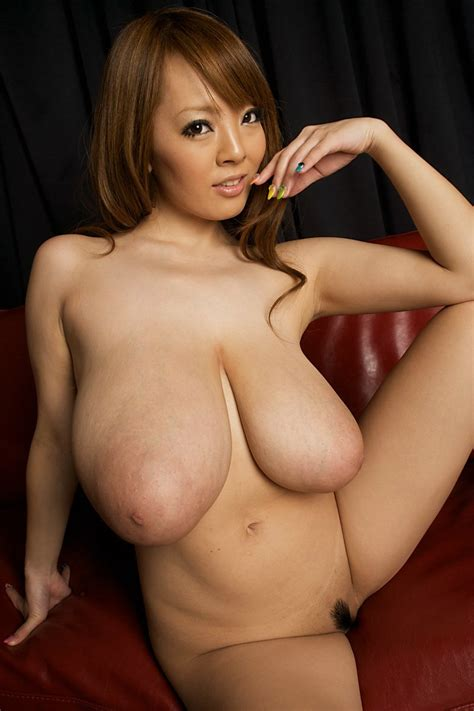 Japanese Big Tits Porn Star Hitomi Tanaka 2 Cumfoot