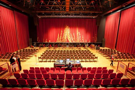 salle de spectacle chateauroux 28 images rallye indre arsenal salle de spectacle wikip 233