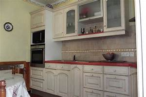 cuisine hot armoire cuisine bois rouge armoire de cuisine With photo cuisine en bois