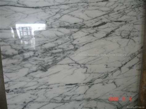 imperial wood vein cloudy vein yellow marble union