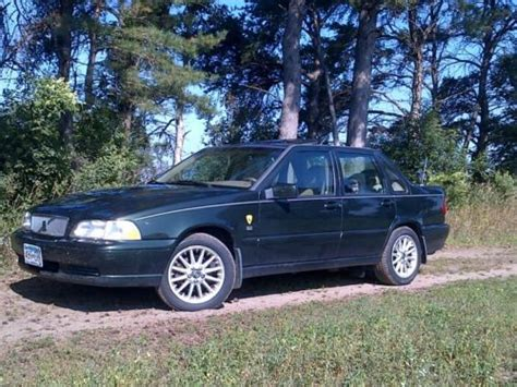 find   volvo  awd  sauk centre minnesota