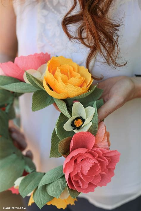 diy crepe paper flower crown   printable template
