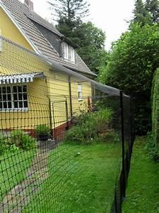 katzengehege system als gartensicherung katzennetze With katzennetz balkon mit ferienwohnung garding mit hund