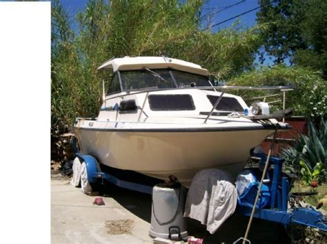 Cuddy Cabin Boats With Ac by 22 1989 Marlin Hardtop Cuddy Cabin Biege For Sale