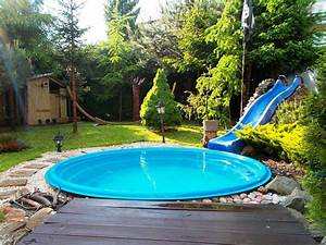 Make Your Own Stock Tank Pool - HomeStyleDiary com
