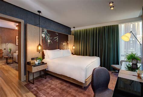 londons  vegan hotel suite