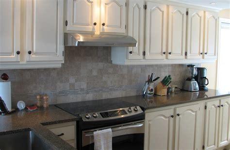 peindre des armoires de cuisine en bois repeindre meuble cuisine chene 9 comment for peindre
