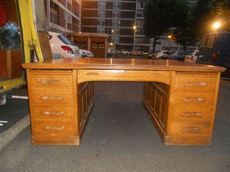 bureau de notaire bureau occasion meuble bureau fermé avec tablette