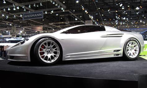 toyota alessandro volta concept italdesign car