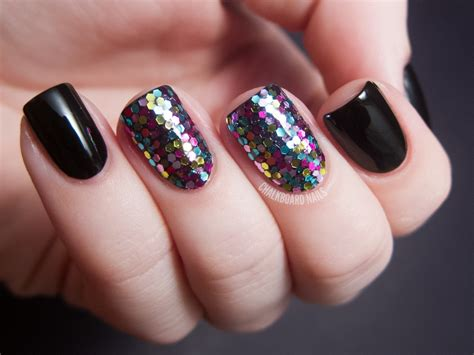 Nail Art With Glitter : 45+ Nail Art Tumblr Collection For You