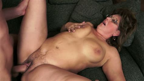 nasty chubby mommy gigi m gets her hirsute snatch drilled
