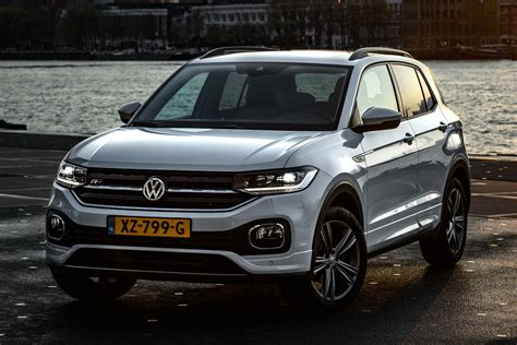 It is based on the mqb a0 platform, and was officially launched in april 2019. Nieuws: Volkswagen T-Cross nu met 1.6 TDI dieselmotor ...