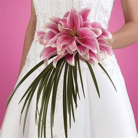 wedding lillies stargazer lily bouquets lily weddings