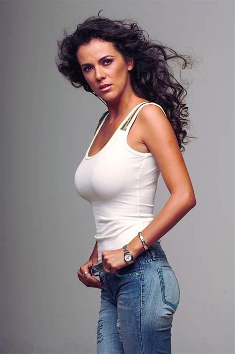 Edith Márquez Nude Pics Page 1