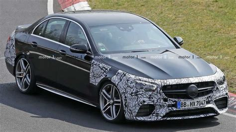 Explore vehicle features, design, information, and more ahead of the release. 2021 Mercedes-AMG E63 Spied Missing The Panamericana Grille