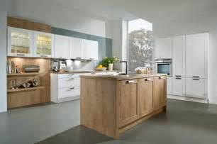 landhausküche modern landhaus küchen stilvolle küchenzeilen für ihr zuhause