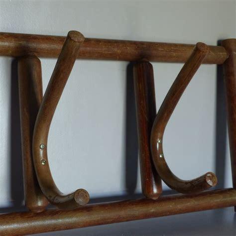 portemanteau ancien en bois lignedebrocante brocante en