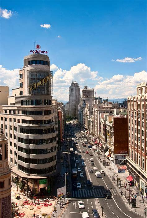 File:Gran Vía (Madrid) 41.jpg - Wikimedia Commons