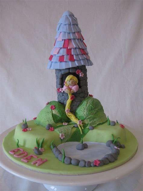 raiponce pate a sucre g 226 teau tour de raiponce rapunzel tower cake les hobbies d aur 233 lie