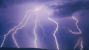 Summer's here, time to take threat of lightning much more ...