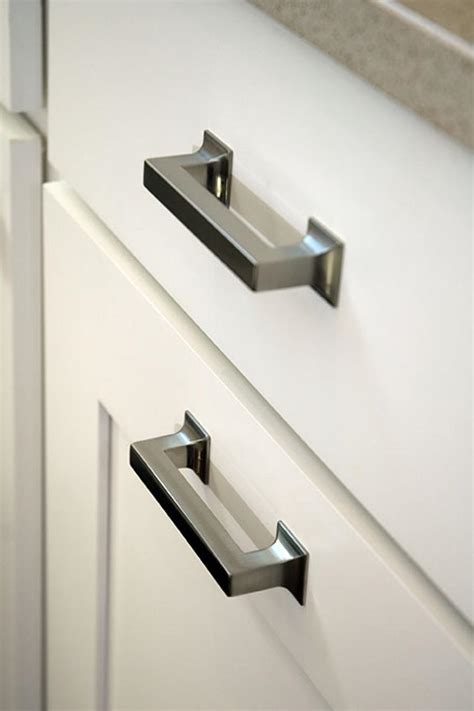 kitchen cabinets knobs or pulls kitchen renovation knobs vs pulls kitchen cabinet handles