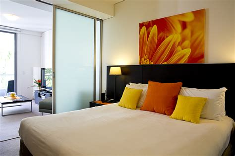 garden view apartments accommodation cairns cairns luxury apartments