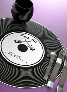 Set De Table Vinyl : sets de table disque vinyle noir rock 39 n roll 34 cm les 6 en 2019 activit s manuelles table ~ Teatrodelosmanantiales.com Idées de Décoration