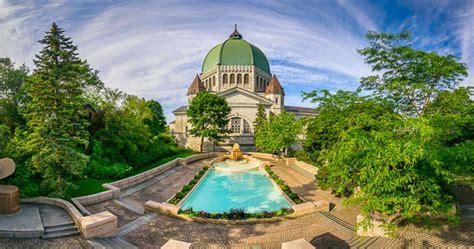 Photography of The splendid garden of the Saint Joseph's ...