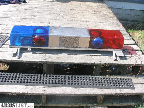 Vintage Federal/signal Police