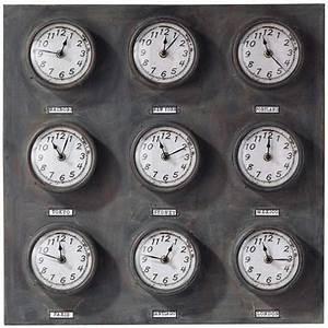 Maison Du Monde Horloge Murale : maisons du monde trois horloges qui proposent les heures du monde ~ Teatrodelosmanantiales.com Idées de Décoration