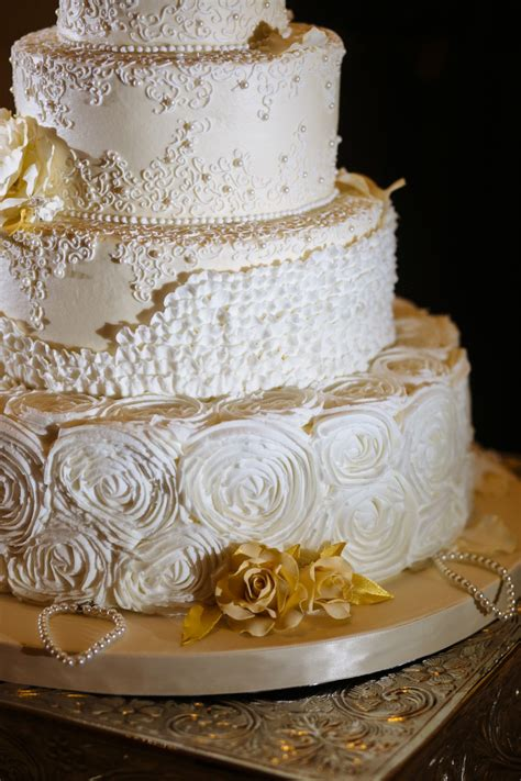 cake tradition cake pulls a southern wedding tradition swoon
