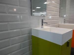 Carrelage Salle De Bain Blanc : deco salle de bain carrelage blanc ~ Melissatoandfro.com Idées de Décoration