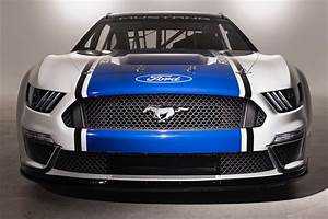 2019 Ford Mustang NASCAR Cup race car is ready for the Daytona 500 | The Torque Report