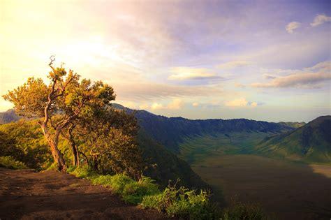gunung bromo malang jawa timur wisata alam populer