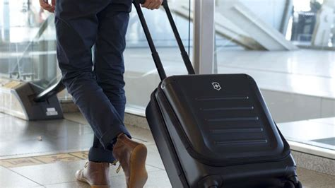 carry  luggage   premium business cabin